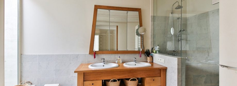 Great Tips For Small Bathroom Organization