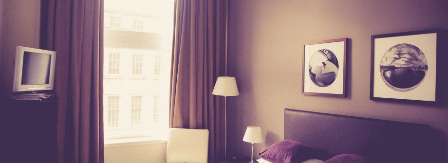 Make The Most Out Of A Limited Space: 5 Tips On How To Design A Small Bedroom